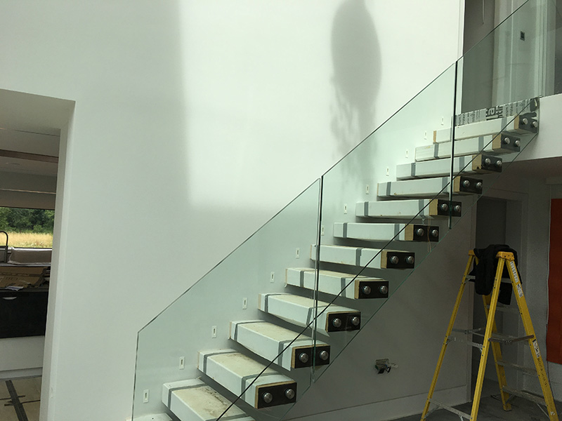 3 floating staircase glass bannister